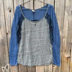 FREE PEOPLE- We the free. Sz L top